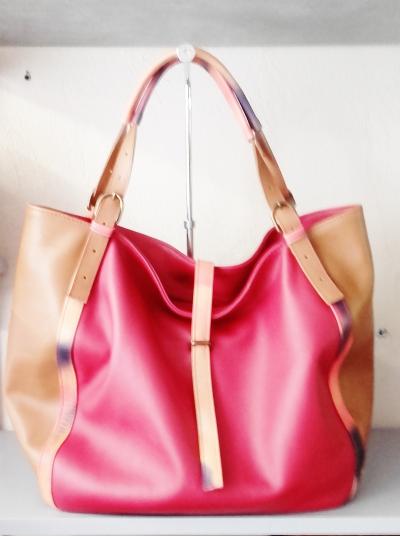 sac à main création en cuir
